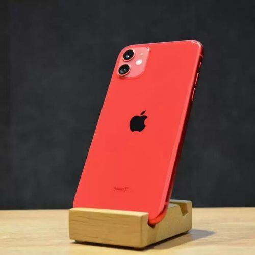 б/у iPhone 11 128GB, середній стан (Red)