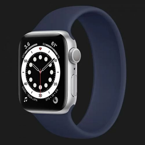 Apple Watch Series 6 44mm Silver with Deep Navy Solo Loop