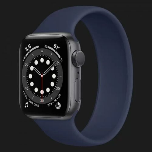Apple Watch Series 6 44mm Space Gray with Deep Navy Solo Loop